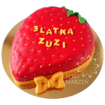Tort w ksztacie truskawki